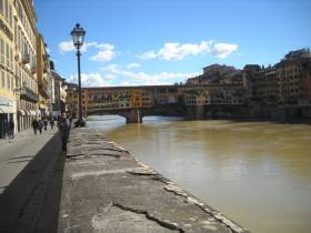 The Pontevecchio bridge, a major sight in Florence