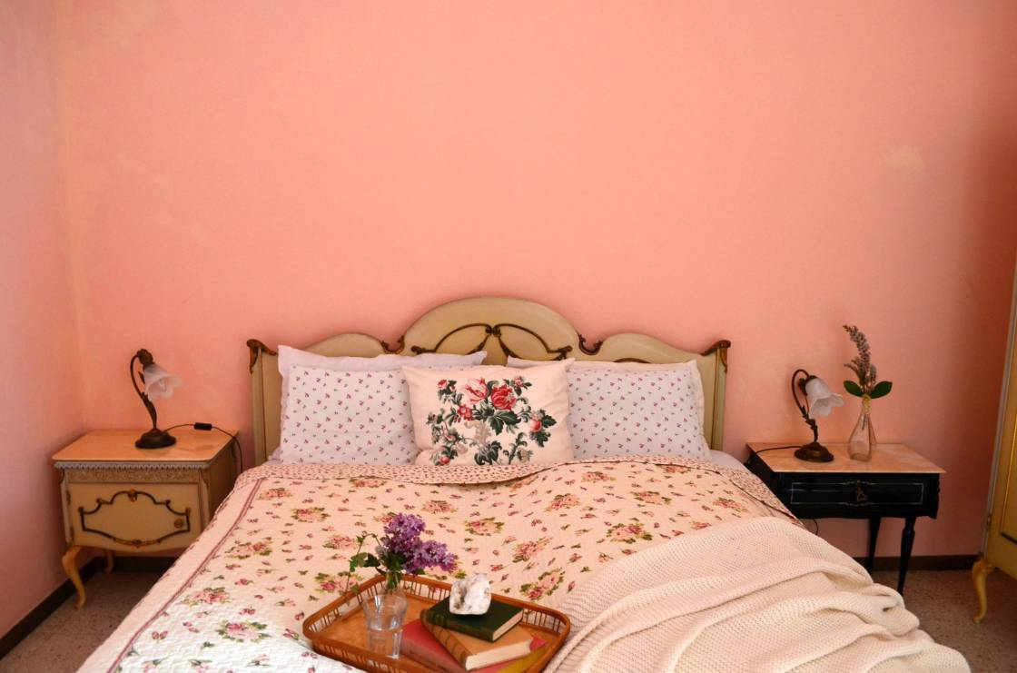 nost pink-  bedroom  bed2 2280