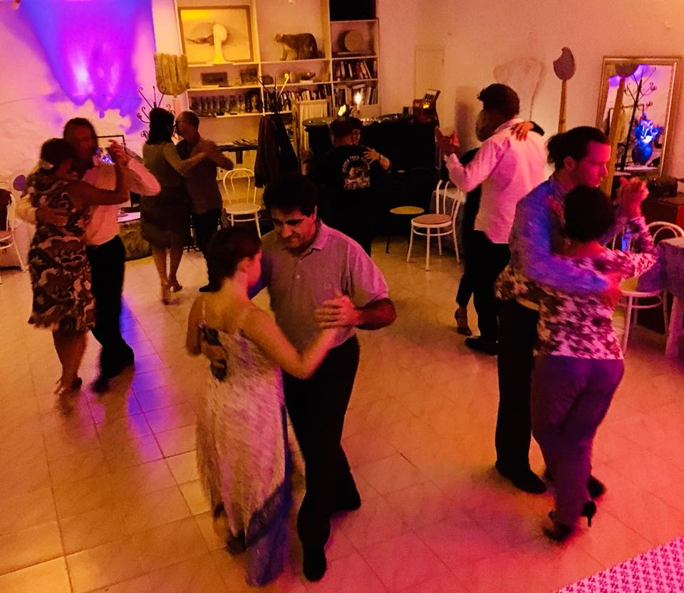 Milonga at La Rogaia with Angela und Andreas. Foto: A. Sallat